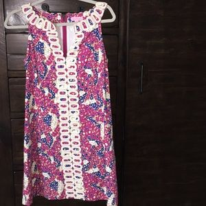 Adorable Lilly Pulitzer shift dress